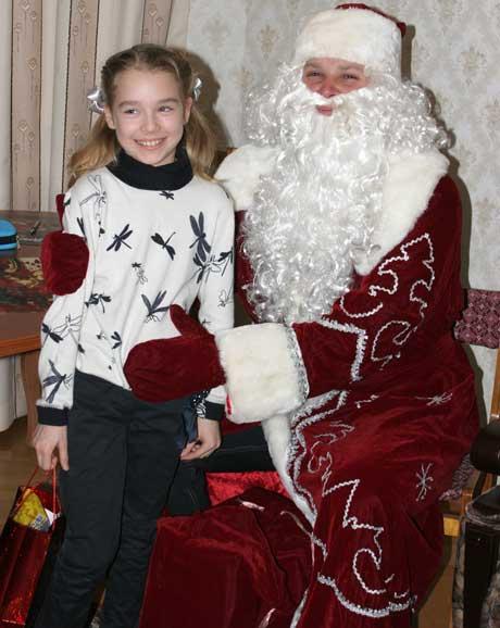 Лиза (3 класс) и дед Мороз